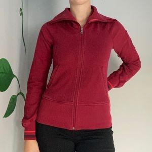 3/20$ Lululemon Red sweater older style